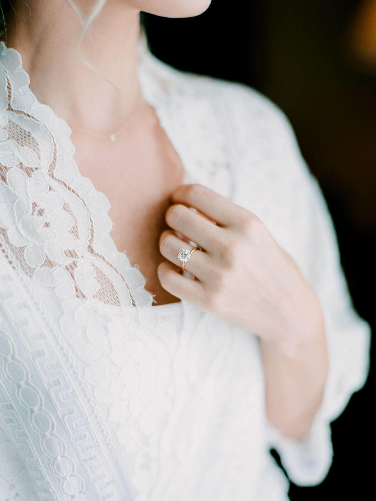 Aspen Wedding photography beautiful details of bride